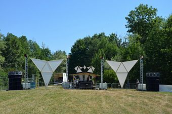 Back to the Woods / Německo