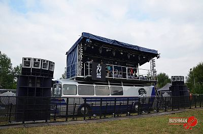 Red Bull - Tour Bus